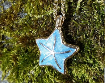 Starburst Starfish Baby Blue Hand Painted Pendant Gold Chain Necklace Summer Essential HOT Beach Bikini Babe