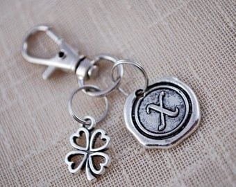 Four leaf clover initial keychain,  FREE SHIPPING, Personalized lucky bag keychain, good luck keyring, Unisex gift, lucky clover, lobster
