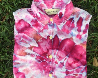 Vintage renewal / Up-cycled / Women's button down / Button up / Handmade tie dye / Size small / S