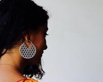 Boucles d'oreilles Laiton plaqué argent Kalinga/tribal earrings /silver plated/Tribal fusion