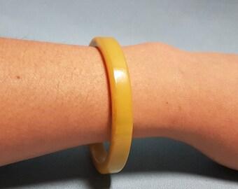 Bakelite Yellow Green Bangle Bracelet