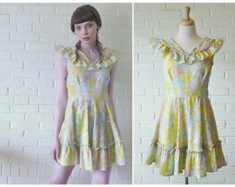 Playful Vintage 1960s Novelty Print Crepe Babydoll Dress . Ruffled Skirt, Ruffled Collar . Pastel Patterned Dress . Spring Palette .