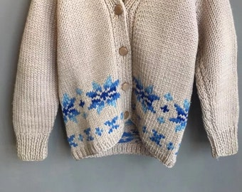 Vintage retro chunky hand knitted ladies womens teenagers youth cardigan SIZE 10/12