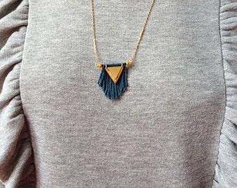 Necklace sautoir-boheme-triangle-liege-franges-perles Andromeda seed