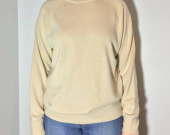 Long Sleeve Beige Turleneck - Vintage clothing