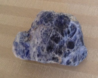 Rough, Natural Sodalite, Raw Sodalite, Metaphysical, Chakras, Reiki, Minerals.
