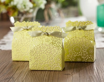 50 Lacey Wedding Favors/DIY Lace Gift Box/Wedding Flowers Favor Boxes/Elegant Wedding Favors for Guests/Wedding Favor Bags/Lace Flower Girl