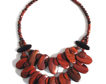 Rosewood Necklace - Amazonia - Natural Artist