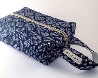 Large makeup bag, modern print, blue, gift for her, toiletry bag, travel bag, cosmetic bag, bridesmaid gift, makeup storage, toiletry bag