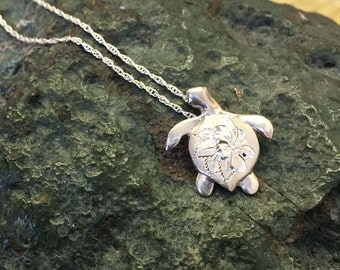 Silver Engraved Turtle Necklace