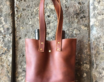 rust leather wine bag || wine bottle tote || leather tote bag || holiday wine tote || leather shopper || every day leather bag