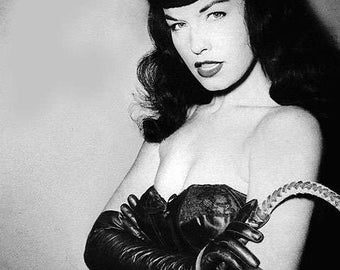 BETTIE PAGE PHOTO #20