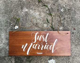 Just married car sign. Wedding photo booth props. Wooden signs. Wedding decorations. Rustic wedding decor