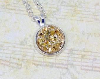 Gold Druzy Necklace, Gold Druzy Pendant, Festival Necklace, Simple Necklace, Necklace With Pendant, Boho Necklace, Gift For Her, Boho Gift