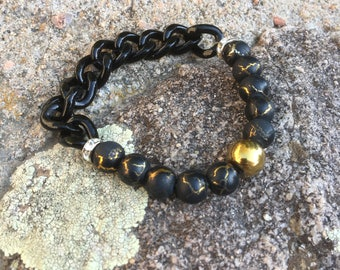 Chain & Bead Black/Gold Bracelet