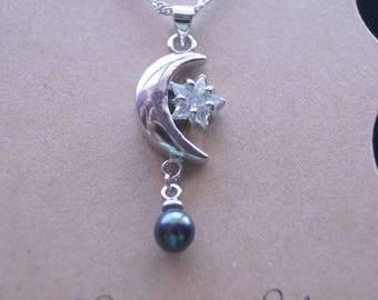 Moonstar Pearl Necklace