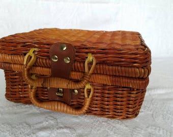 Vintage Wicker Suitcase / Mini Suitcase / Mini Picnic Basket / Storage