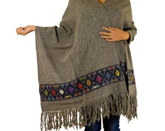"""Mexican Rebozo Scarf """"Gris"""" made of Wool - handwoven and hand embroidered"""