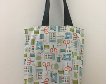 Small tote bag with cute sewing print