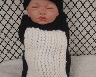 Newborn Penguin Hat & Cocoon Set