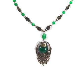 Antique Art Deco Necklace Chrysoprase Green Czech Glass Stones Sterling Silver Plated Circa 1920