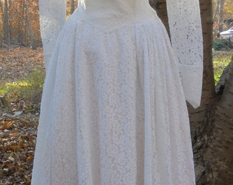 Fifties  wedding dress ivory lace  tea length vintage  crinoline  romantic  small  from vintage opulence on Etsy