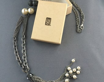Festive Vintage Silver Toned and Faux Pearl Tassel Pendant Necklace