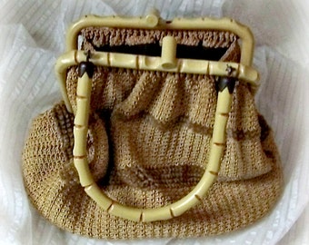 1950s Purse, Crochet Chenille Bamboo Plastic Frame, Medium size handbag, womans vintage casual daywear accessory