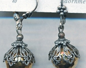 BEAUTIFUL VINTAGE CZECH Bead Earrings with Beautiful Cap