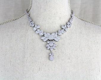 Bridal necklace, Crystal Wedding necklace, Wedding jewelry, Statement necklace, Rhinestone necklace, Rose Gold necklace, Crystal necklace