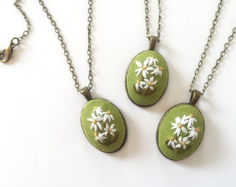 Daisy Pendant in Green | hand embroidered necklace, jewelry keepsake, floral, bouquet, romantic, embroidered jewelry, wildflower