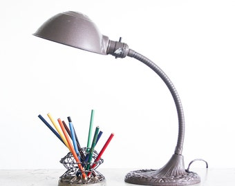 Vintage Gooseneck Desk Lamp / Cast Iron / Industrial Lighting