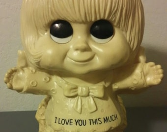 """I Love You This Much ~ 1972 Russ & Wallace Berrie #702  11"""" Girl Statuette Figurine"""