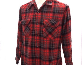 Vintage 60s RED & GRAY PLAID Pendleton Button Up Shirt / Mens Size Large