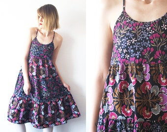 70s floral dress. 70s cotton sundress. strappy dress. tent dress - xs