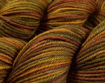 Hand Dyed Yarn - Worsted Weight Superwash Merino Wool Yarn - Antique Brass - Hand Knitting Yarn, Worsted Yarn, Gold Multicolor, DIY Gift