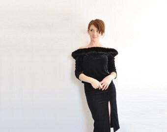 faux fur trimmed velvet blouse . plush black vixen vamp off the shoulder top .large