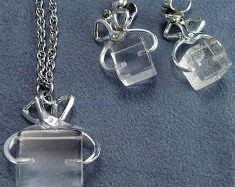 Lucite Ice Cube Necklace & Earrings Set Vintage Plastic Ice Block in Tongs