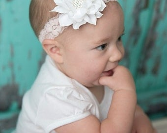 White flower headband, light pink Elastic Headband, baby headband, baby shower, girl hair accessories, photography prop, wedding flower girl