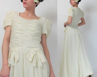 1940s Vintage Wedding Dress Vintage 40s Wedding Gown Cream Off White Ruched Dress Short Sleeve Bows Floor Length Maxi XS E5033