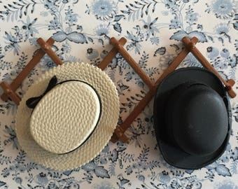 Miniature Hat Rack With Two Hats, Black and Beige Straw Hat, Dollhouse Miniature, 1:12 Scale, Dollhouse Accessories, Decor Items