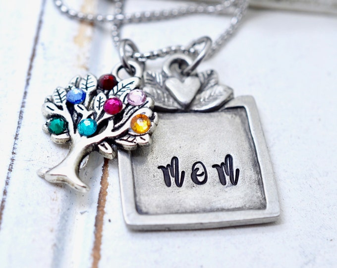 Personalized Birthsone Necklace For Mom, Family Tree Necklace for Mom, Mother Necklace, Gift for Mom, Mommy Necklace, Gift for Mom, Mommy