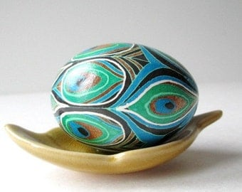 hand-painted peacock eggs wedding favors Pysanky egg on real chicken egg shell unique wedding shower gifts and bomboniere
