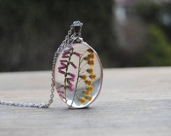 Pressed flower necklace, heather necklace, real flower necklace, Heather herbarium pendant, terrarium necklace, bridesmaid necklace