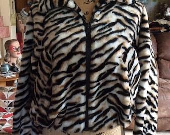 Vintage 1980s Jacket Chubby Faux Fake Fur Tiger Print Dolman Sleeves Elastic Waist