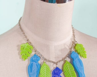 Tropical Tiki Parrot & leaves Necklace