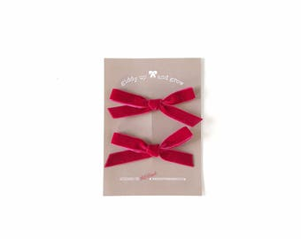 Summer Pigtail Bows, Velvet Hair Bows in the Color Strawberry, giddyupandgrow