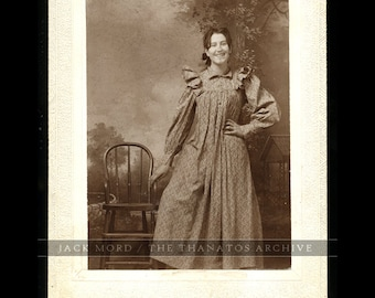 Vintage c1900 Cabinet Card - Girl with Big Smile - Uncommon!