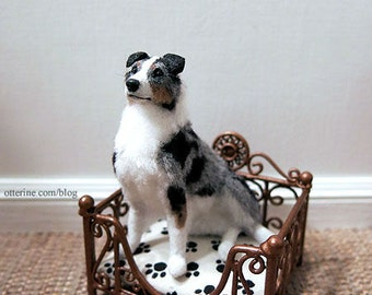 Copper pet bed with cushion for kitty or puppy - dollhouse miniature