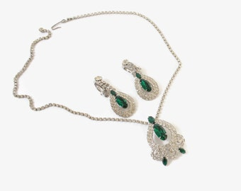 Vintage 60s RHINESTONE SET / 1960s Sparkling Clear & GREEN Rhinestone Necklace Earrings Demi Parure